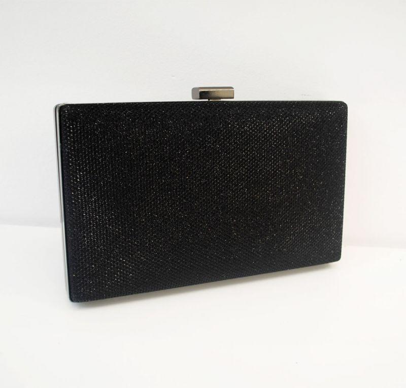 Bolso de fiesta negro brillante con detalles dorados 2934d6d940c7