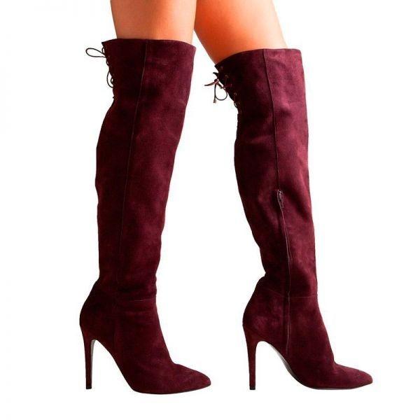 Mujeres follando en botas altas