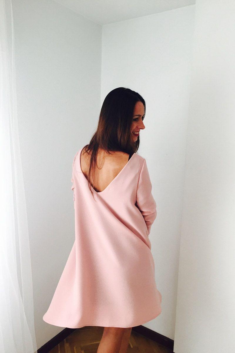 vestido capa rosa palo de fiesta de manga larga