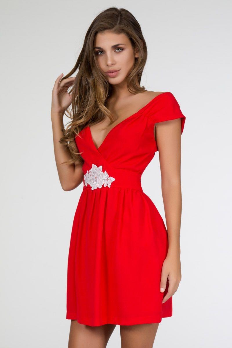 29ff20a7fb vestido rojo con escote cruzado y talle en la cintura