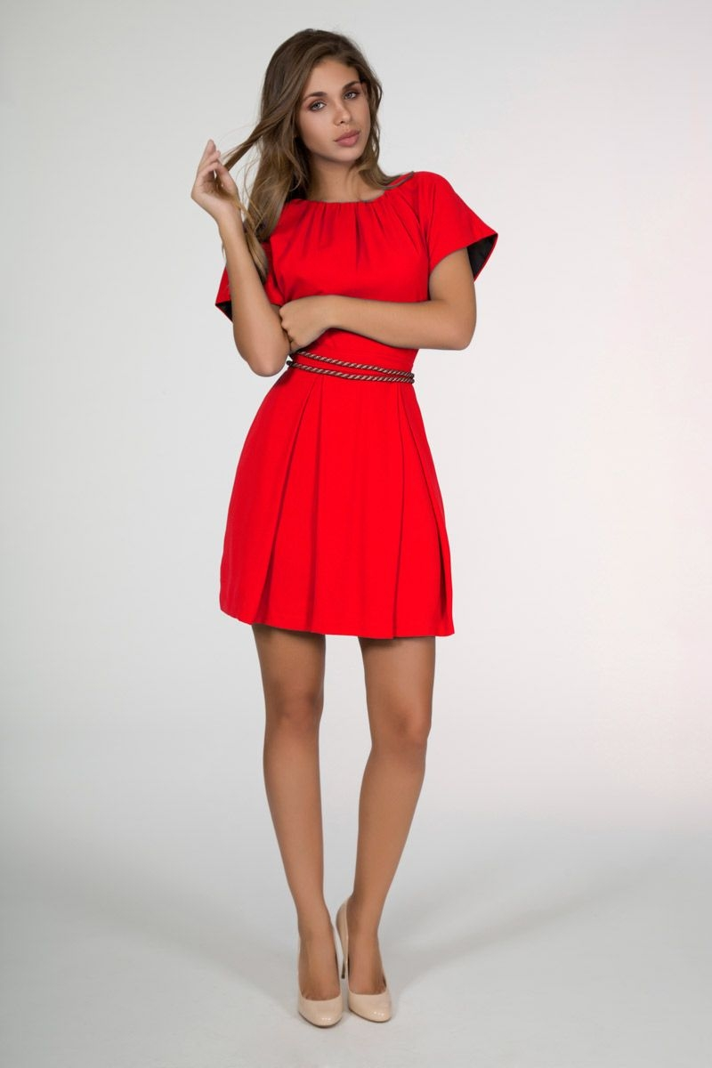 ea627ce6c8 vestidos para bodas de vuelo y manga corta en rojo con escote en la espalda  de
