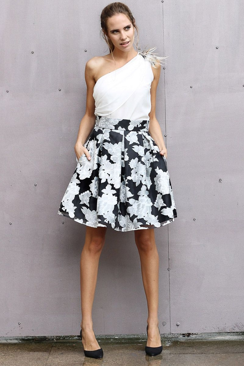 a99dfb9dc falda-midi-skirt-look-invitada-boda-blog-atodoconfetti-14 faldas con vuelo  para bodas