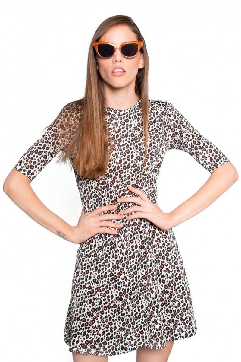 5bc68986cb vestido estampado animal print evase de manga corta para eventos fiestas  nochevieja de felipe albernaz en