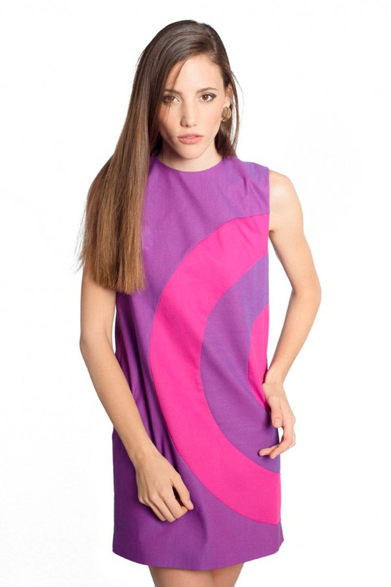vestido estilo anos 60 morado