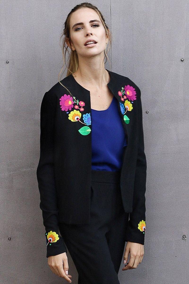 Resultado de imagen para chaquetas bordadas
