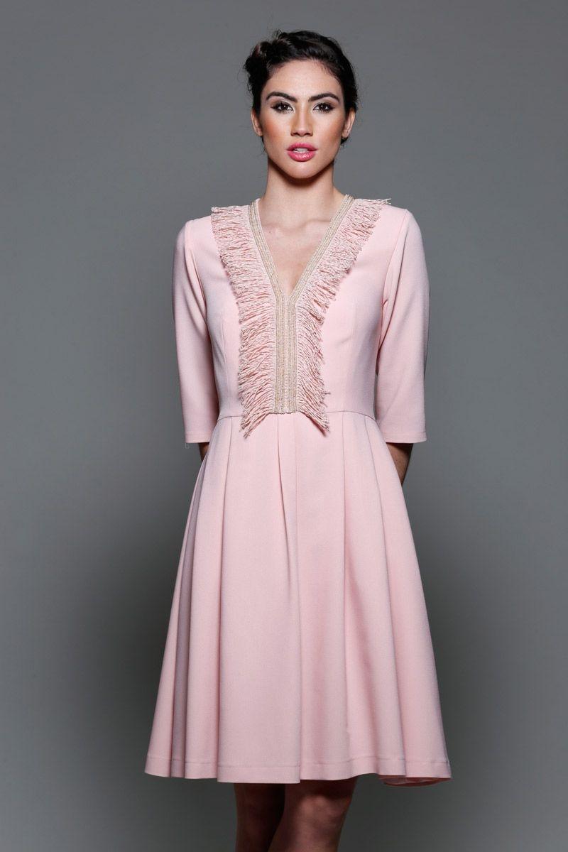 38e904936 vestido rosa cuarzo de manga larga francesa falda de vuelo y escote en v  para boda
