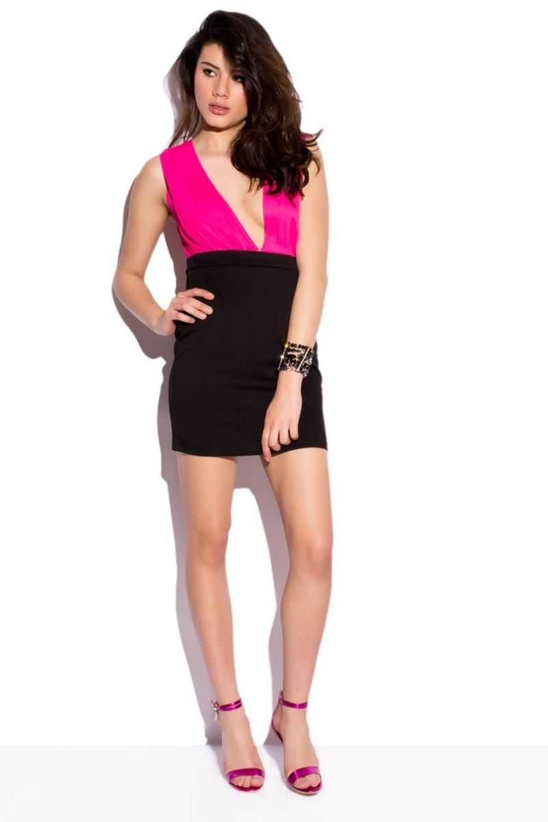 Vestidos fucsia con negro cortos