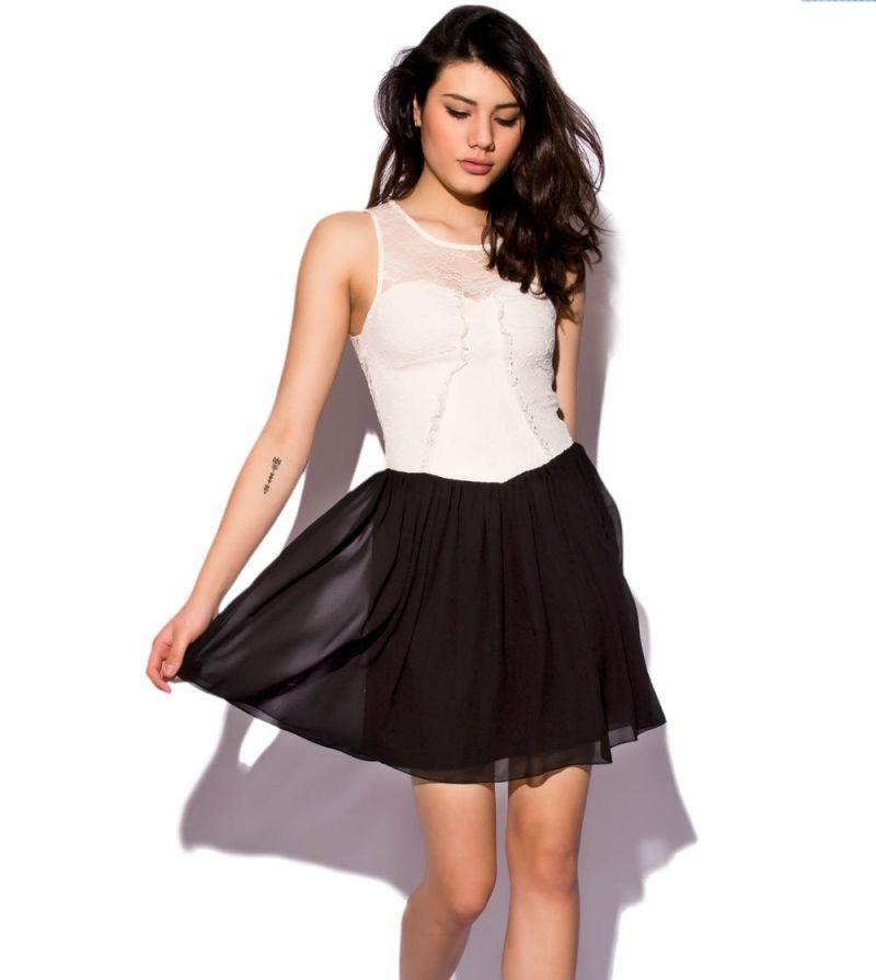 Vestido blonda negro